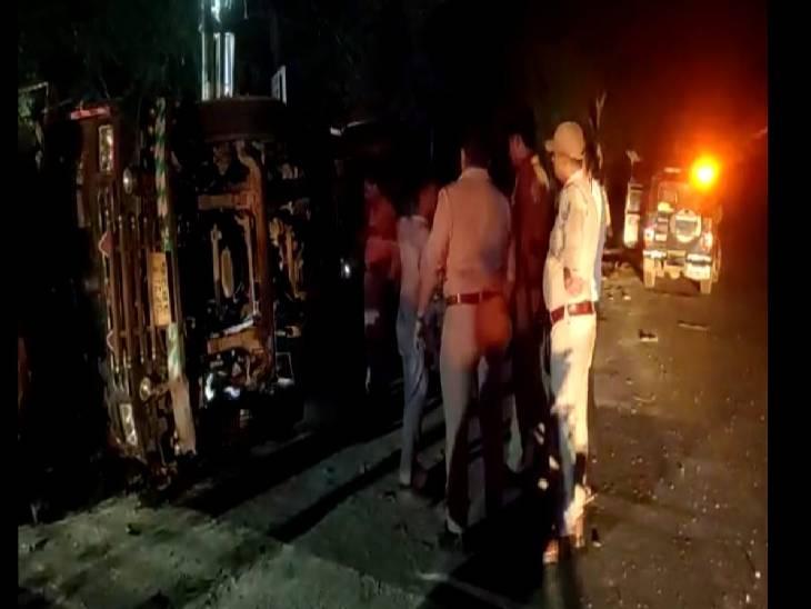 परिचालक भी हुआ घायल, आवारा पशुओं को बचाने से हुआ हादसा अमरोहा,Amroha - Dainik Bhaskar