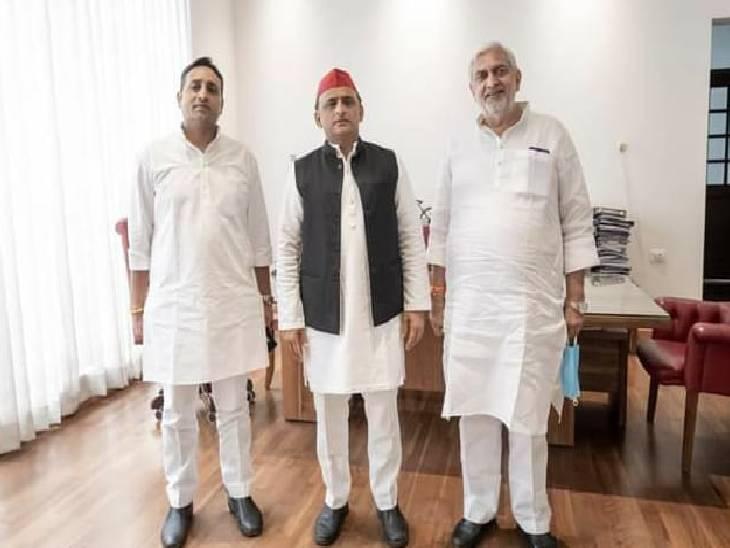 दोनों ने अखिलेश यादव से मिलकर ली समाजवादी पार्टी की सदस्यता, वर्तमान में प्रियंका गांधी की सलाहकार समिति के सदस्य हैं विनोद चतुर्वेदी जालौन,Jalaun - Dainik Bhaskar