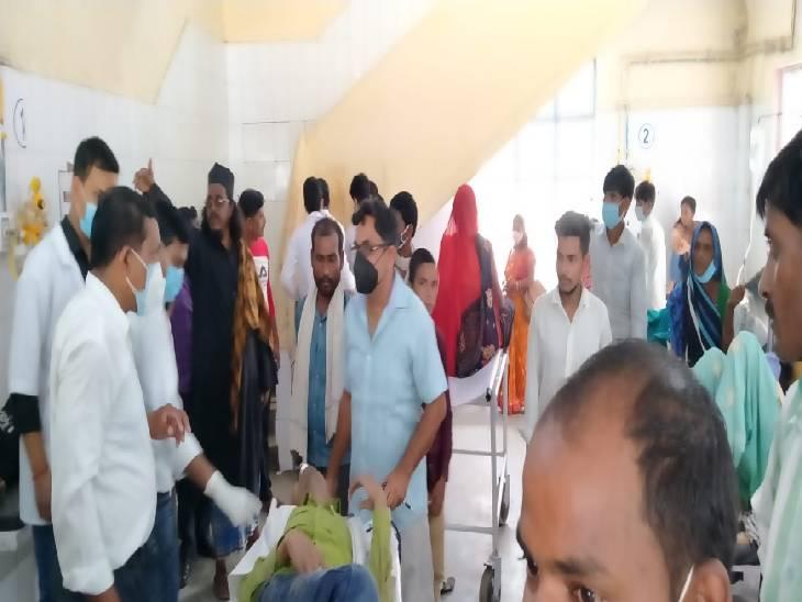 प्रेम प्रसंग के चलते की आत्महत्या की कोशिश, साथ आई युवती ने नहीं लगाई छलांग, मौके से हुई फरार|शाहजहांपुर,Shahjahanpur - Dainik Bhaskar