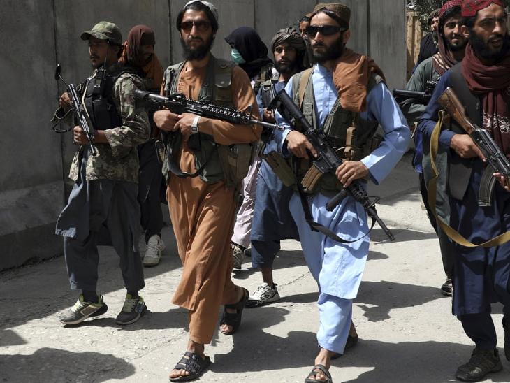 पाकिस्तान के कई मंत्री मान चुके हैं कि तालिबान नेता उनके देश में रहते हैं। (फाइल)