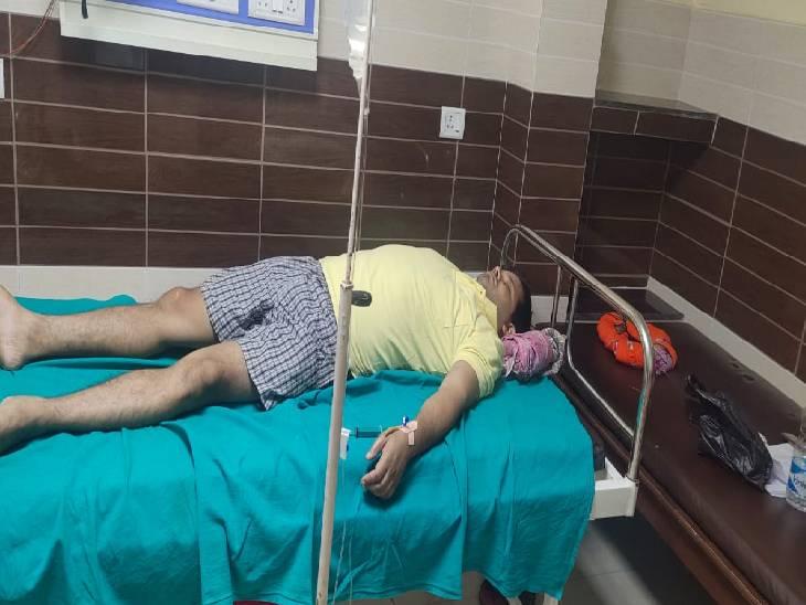 पैसे लेकर फोन उठाना किया बंद, फिर रिश्तेदार से दिलवाई धमकी; पुलिस द्वारा कार्रवाई न करने पर पीड़ित ने किया आत्महत्या का प्रयास गोंडा,Gonda - Dainik Bhaskar
