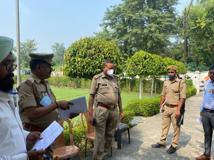 राज्यमंत्री के आवास पर परिवार सहित धरना दे रहा था पीड़ित, कहा- 3 साल से फर्जी मुकदमे में परेशान कर रही पुलिस|रामपुर,Rampur - Dainik Bhaskar