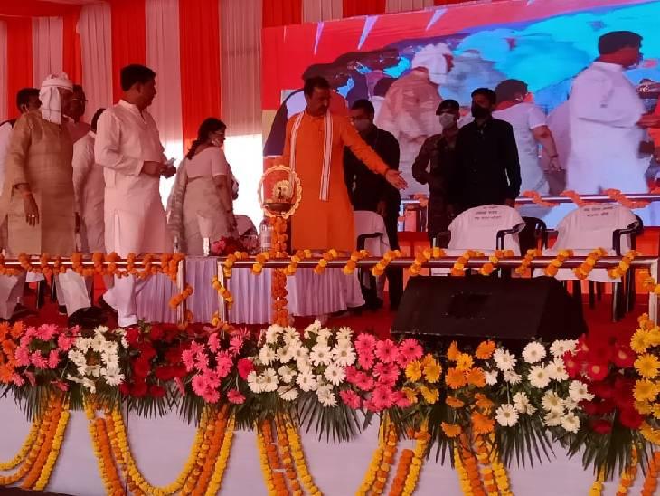 डिप्टी सीएम केशव प्रसाद मौर्य ने लखीमपुर में कई योजनाओं का लोकार्पण किया।