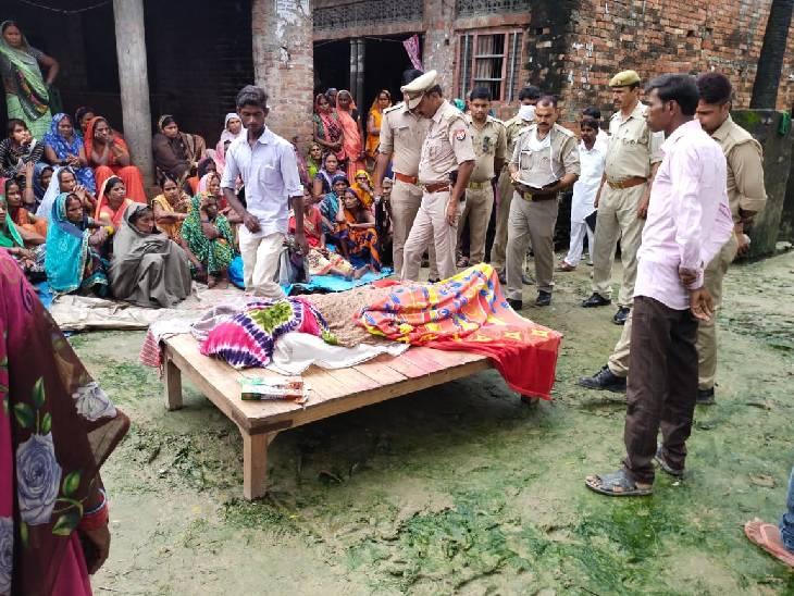 रात में ताड़ी उतारने गया, सुबह पेड़ के नीचे पड़ा मिला; इलाज के दौरान मौत|अम्बेडकरनगर,Ambedkarnagar - Dainik Bhaskar