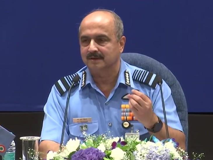 एयरफोर्स चीफ ने कहा कि एयरफोर्स ने एंटी ड्रोन कैपेबिलिटी सिस्टम पर 4 साल पहले ही काम करना शुरू कर दिया था। - Dainik Bhaskar