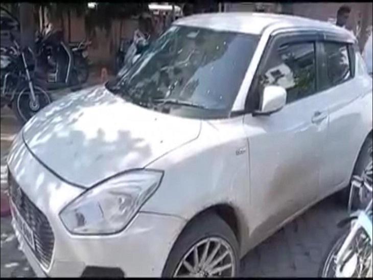 पुलिस द्वारा जब्त की गई कार।