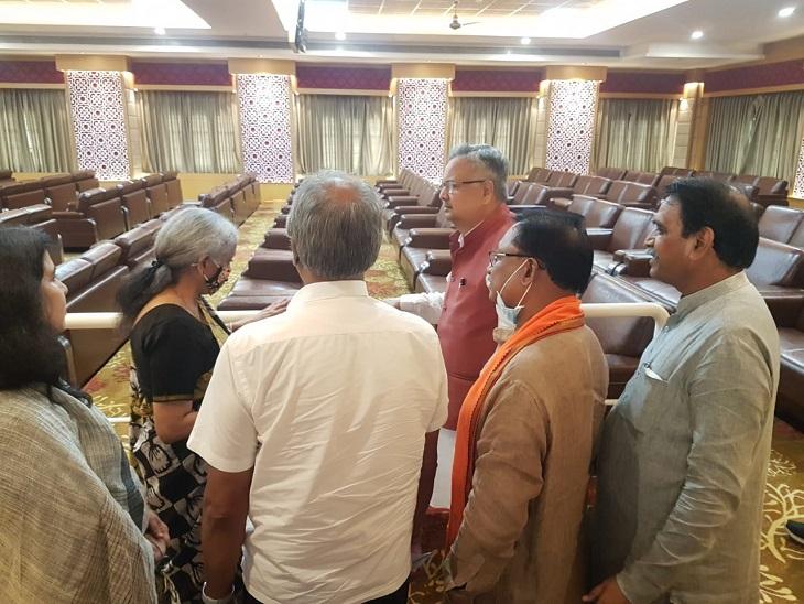 सीतामरण ने फ़ॉर्मूला की बैठक को पूरा किया।