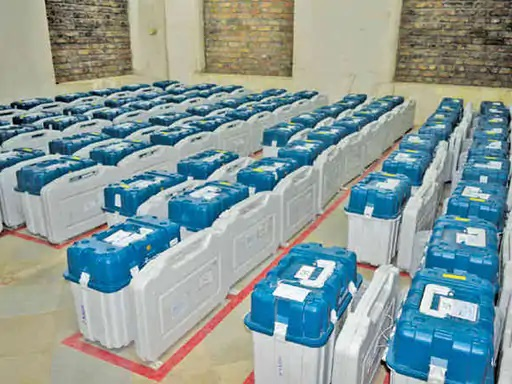 गांधीनगर म्यूनिसिपल कॉर्पोरेशन के लिए 3 अक्टूबर को 56% वोटिंग हुई थी।