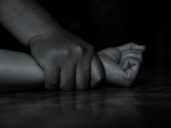 पीड़िता ने विरोध किया तो ससुराल वालों ने सीढ़ियों से धक्का दे दिया; 2 दिन बाद अस्पताल में आया होश हिसार,Hisar - Dainik Bhaskar