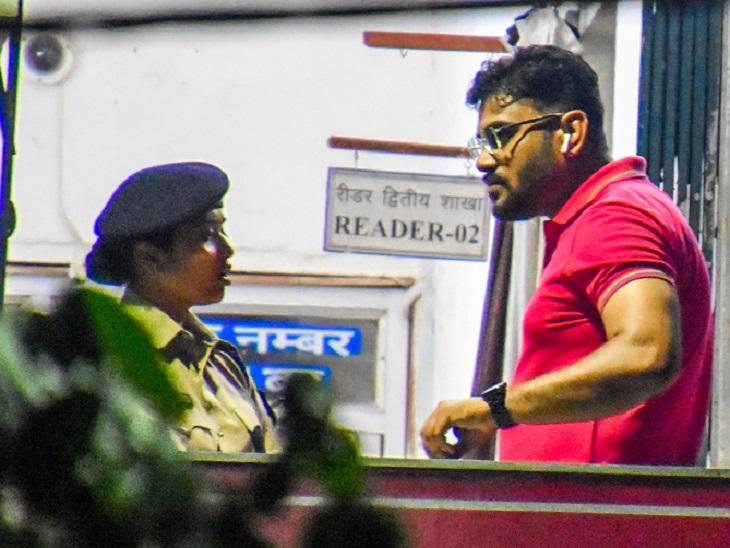 CPS दंपती सहित 3 अफसरों के बयान दर्ज, DGP को भेजी गई रिपोर्ट; CCTV फुटेज किए गए जब्त|बिलासपुर,Bilaspur - Dainik Bhaskar