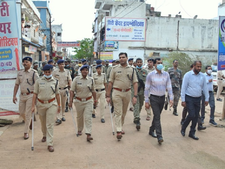 कवर्धा में हुए बवाल में अब तक 70 की पहचान, 59 गिरफ्तार; अफसर बोले- सुनियोजित थी हिंसा, बाहर से बुलाए गए उपद्रवी|कवर्धा (कबीरधाम),Kawardha (Kabirdham) - Dainik Bhaskar