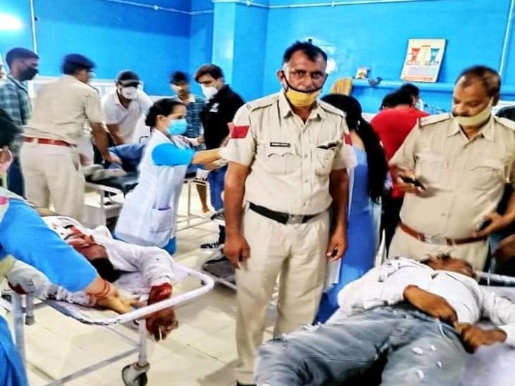 जींद में नरवाना-दबलैन रोड पर देर शाम हादसा, एक मोटरसाइकिल पर सवार थे 5 युवक, एक्सीडेंट में घायल 2 युवकों की हालत गंभीर|जींद,Jind - Dainik Bhaskar