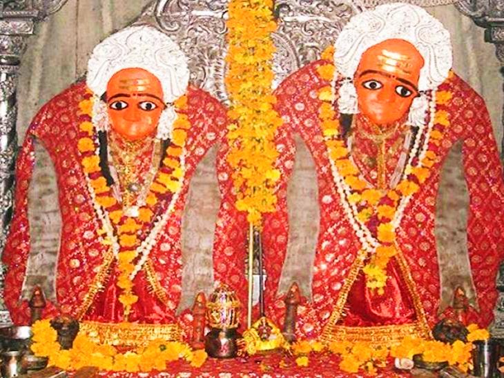 कैला देवी को देशभर में भगवान कृष्ण की बहन के रूप में भी पूजा जाता है।