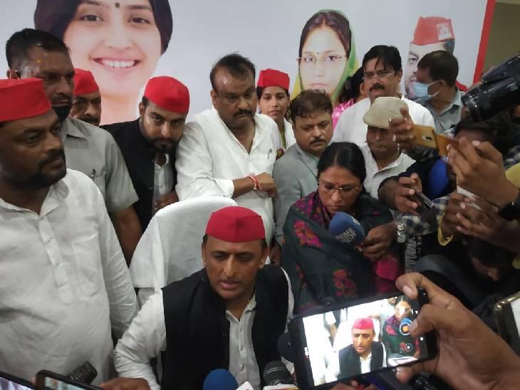 कहा- ये सरकार अपराधियों के साथ खड़ी है, इन्होंने बस किसान को बर्बाद करने का काम किया है|शाहजहांपुर,Shahjahanpur - Dainik Bhaskar