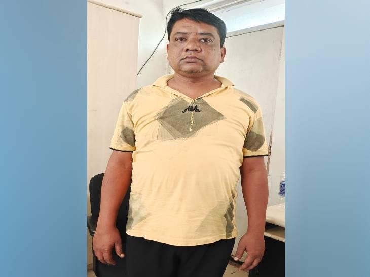 जबलपुर में दो चोरी के प्रकरणों में फरवरी से चल रहा था फरार, दोनों प्रकरणों में 10-10 हजार रुपए का SP ने घोषित किया था इनाम जबलपुर,Jabalpur - Dainik Bhaskar