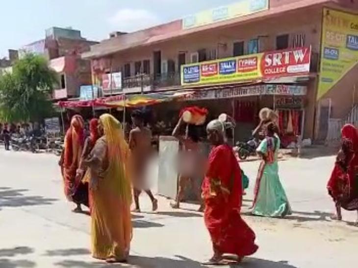 मेरठ से जोधपुर में आकर फर्जी किन्नर करते थे कलेक्शन, गादीपति अध्यक्ष ने नग्न करवाकर 2 किलोमीटर तक पैदल बाजार में घुमाया|जोधपुर,Jodhpur - Dainik Bhaskar
