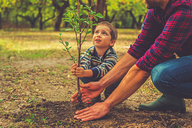 बच्चों को सिखाएं बागवानी