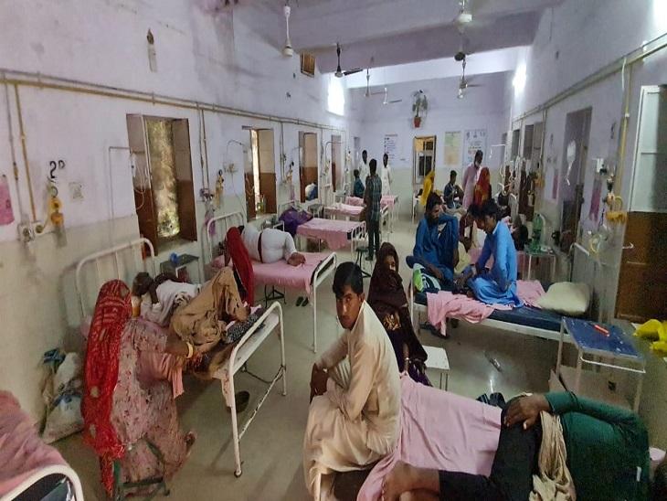 एक हज़ार की ओपीडी, नर्सिंग स्टाफ की कमी से जूझ रहे सरकारी अस्पताल में हालात बिगड़े, ओपीडी में रोज आ रहे एक हजार मरीज|जैसलमेर,Jaisalmer - Dainik Bhaskar