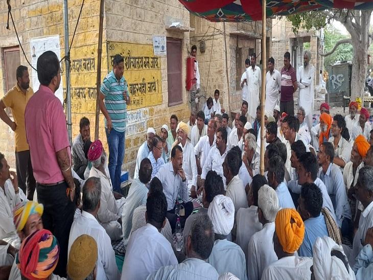 एडीएम के प्रयास लाए रंग, 1 मांग को छोड़ सभी पर बनी सहमति, महापड़ाव जल्द खत्म होने की उम्मीद|जैसलमेर,Jaisalmer - Dainik Bhaskar