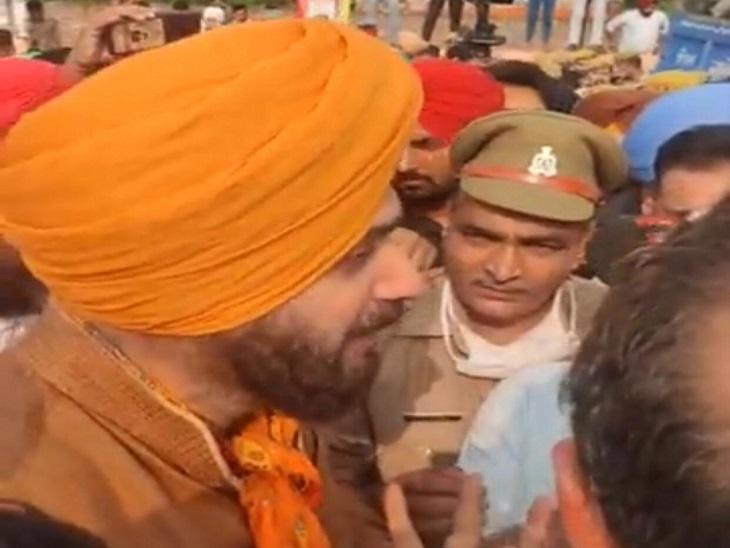 UP बॉर्डर पर रोका गया पंजाब कांग्रेस का काफिला, पंजाब के 3 मंत्री हिरासत में लिए गए, तनावपूर्ण माहौल के बीच कांग्रेसियों की नारेबाजी|जालंधर,Jalandhar - Dainik Bhaskar