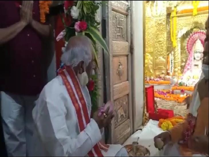 माता मनसा देवी मंदिर में दर्शन करने पहुंचे हरियाणा के राज्यपाल
