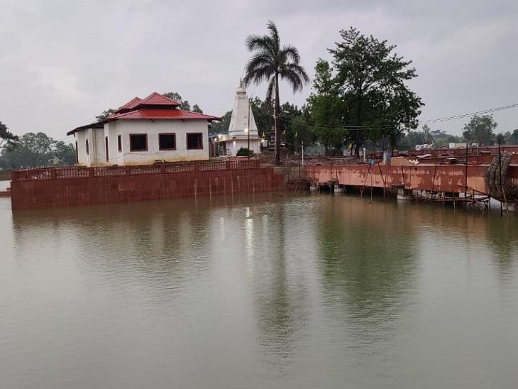 सरकार ने राम वन गमन पर्यटन परिपथ परियोजना के तहत मंदिर को नए सिरे से संवारा है।