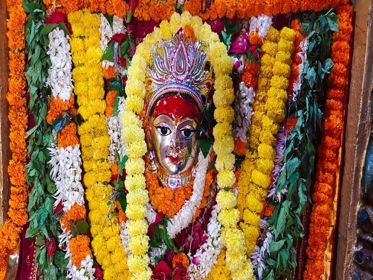 वाराणसी में आज घर-घर विराजेंगी मां जगदंबा, शैलपुत्री देवी के दर्शन को मंदिरों में उमड़े श्रद्धालु|वाराणसी,Varanasi - Dainik Bhaskar