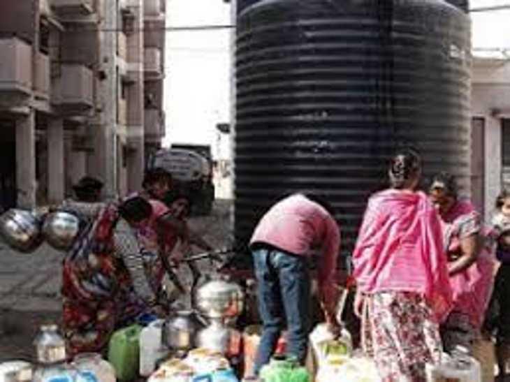 पल्हरनगर, महेश यादव नगर, स्कीम 51, संगम नगर में पानी के लिए इंतजार, खजराना, पीपल्याहाना, स्कीम 140 में सप्लाई कल से|इंदौर,Indore - Dainik Bhaskar