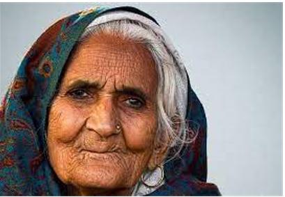 दादी बिलकिस बानो - Dainik Bhaskar