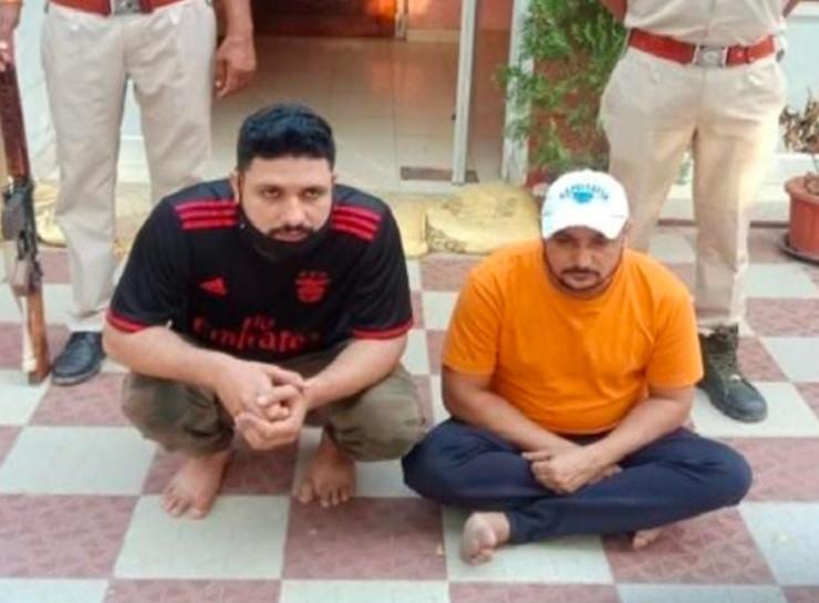 28 महीनों बाद जयपुर की क्राइम ब्रांच ने पकड़ा, सीकर रोड पर ढाबे पर गोली मारकर की थी हत्या, दो हजार रुपए के ईनामी है दोनों बदमाश|जयपुर,Jaipur - Dainik Bhaskar