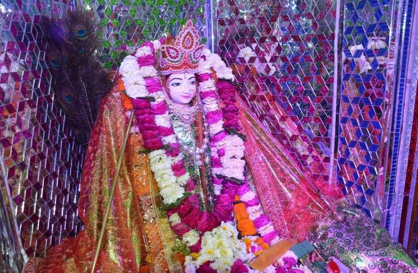 सरिस्का के बाला किला क्षेत्र के जंगल में करणी माता मंदिर की स्थापना और बीकानेर के देशनोक मंदिर में सोने किवाड़ के भेजने के पीछे है राजा की कहानी|अलवर,Alwar - Dainik Bhaskar