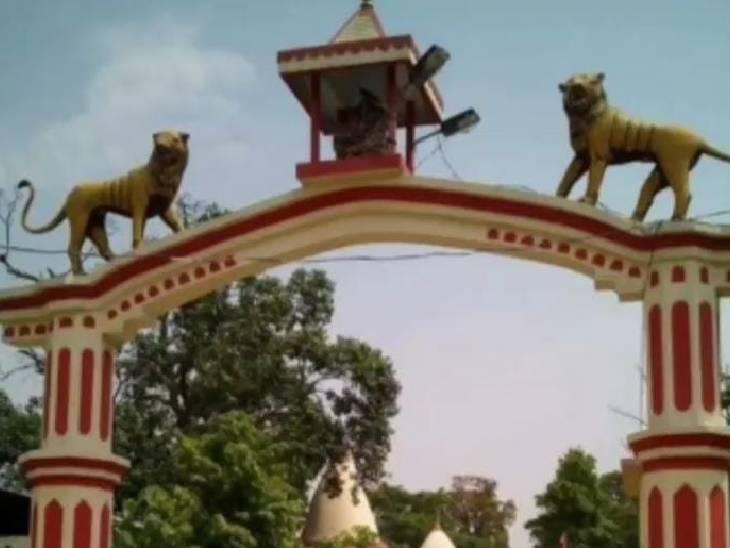 चैत्र एवं शारदीय नवरात्रि के दौरान लाखों की संख्या में भक्तजन यहां अपनी मनोकामनां लेकर पहुंचते हैं।