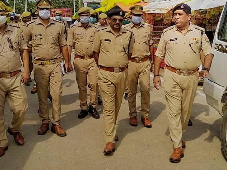 पुलिस अधीक्षक प्रदीप गुप्ता ने बताया कि मेले में चार थानाध्यक्षों व 50 उपनिरीक्षकों 25 महिला आरक्षी व 50 हेड कांस्टेबल/कांस्टेबल तैनात किए जा रहे हैं