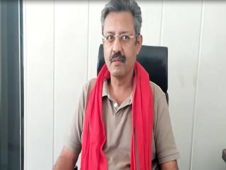 शाहजहांपुर में अखिलेश यादव ने दिलाई जयेश प्रसाद को सदस्यता, उनकी टीम भाजपा विधायकों और मंत्रियों को दिखाएगी काले झंडे|शाहजहांपुर,Shahjahanpur - Dainik Bhaskar