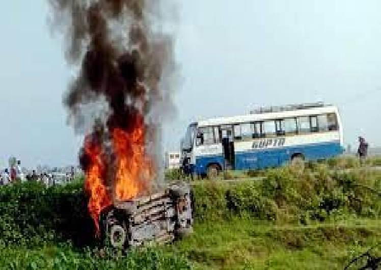 लखीमपुर हिंसा के बाद BJP के सामने डैमेज कंट्रोल बड़ी चुनौती, फ्रंटफुट पर खेल रही कांग्रेस ने बिगाड़ा सपा-बसपा का खेल!|लखनऊ,Lucknow - Dainik Bhaskar
