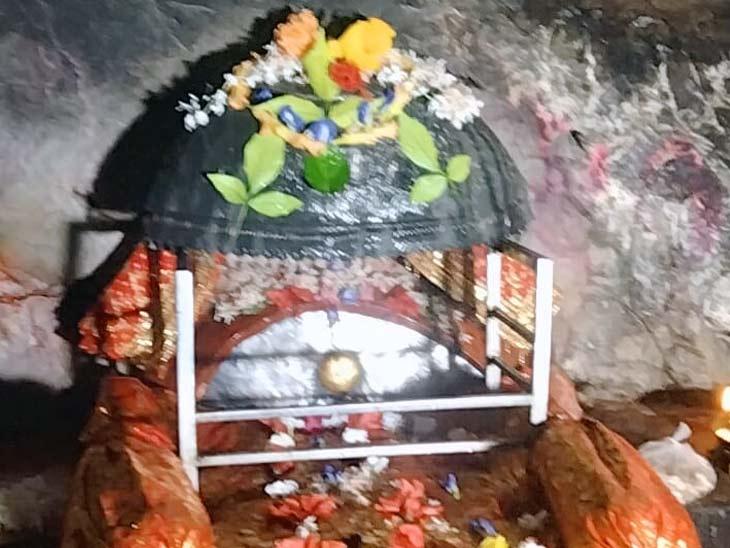 मां के नेत्र पर श्रद्धालु करते हैं जलार्पण, 52 शक्तिपीठ में से एक है; दानवीर राजा कर्ण से भी जुड़ी है यहां की कहानी|बिहार,Bihar - Dainik Bhaskar