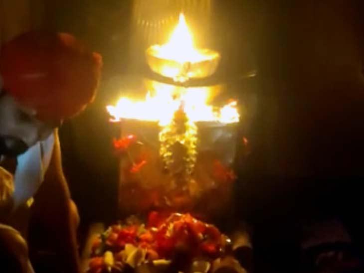10 हजार साल पुराना है मंदिर का इतिहास, प्राचिन काल से गर्भगृह में जल रही ज्योत; गुरु वशिष्ठ और विश्वामित्र से भी जुड़ी है कहानी|बिहार,Bihar - Dainik Bhaskar