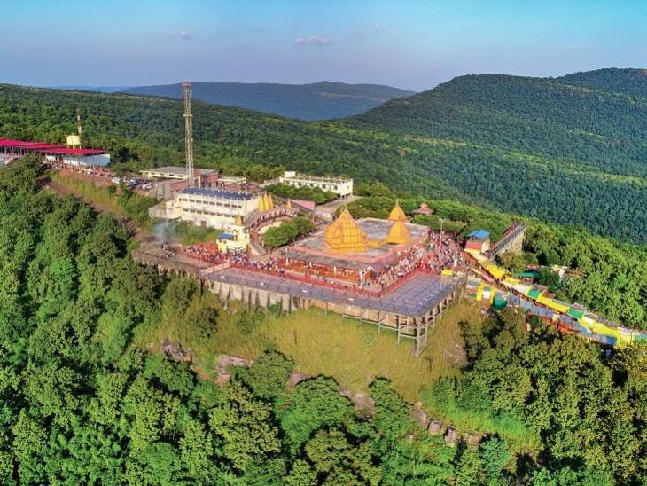 सलकनपुर; 800 फीट ऊंची पहाड़ी पर विराजीं विजयासन माता, 400 साल से जल रही हैं दो अखंड ज्योत|होशंगाबाद,Hoshangabad - Dainik Bhaskar
