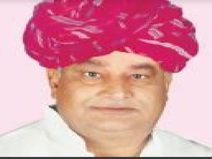 सांसद किरोड़ीलाल मीणा ने राजस्थान माध्यमिक शिक्षा बोर्ड के अध्यक्ष डीपी जारौली को ही पेपर लीक के लिए जिम्मेदार ठहरा दिया। - Dainik Bhaskar