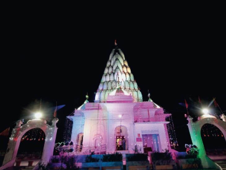 दर्शन के लिए  www.mansadevi.org.in पर जाकर रजिस्ट्रेशन करवाना होगा फिर मोबाइल पर मैसेज आ जाएगा। - Dainik Bhaskar