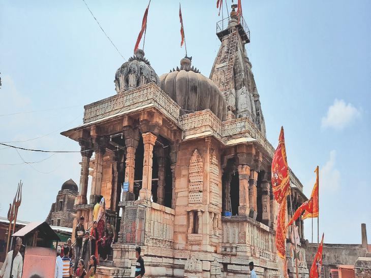 चित्तौड़गढ़ दुर्ग स्थित कालिका माता मंदिर - Dainik Bhaskar