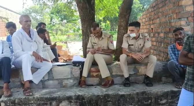 पुलिस ने पोस्टमार्टम करवाकर शव परिजनों को सौप दिया। - Dainik Bhaskar