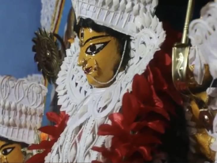 1773 में विसर्जन को आए 60 पहलवान भी नहीं हिला सके दुर्गा प्रतिमा; काशिराज ने 100 साल पहले वाराणसी में मनाई थी सार्वजनिक दुर्गापूजा|वाराणसी,Varanasi - Dainik Bhaskar