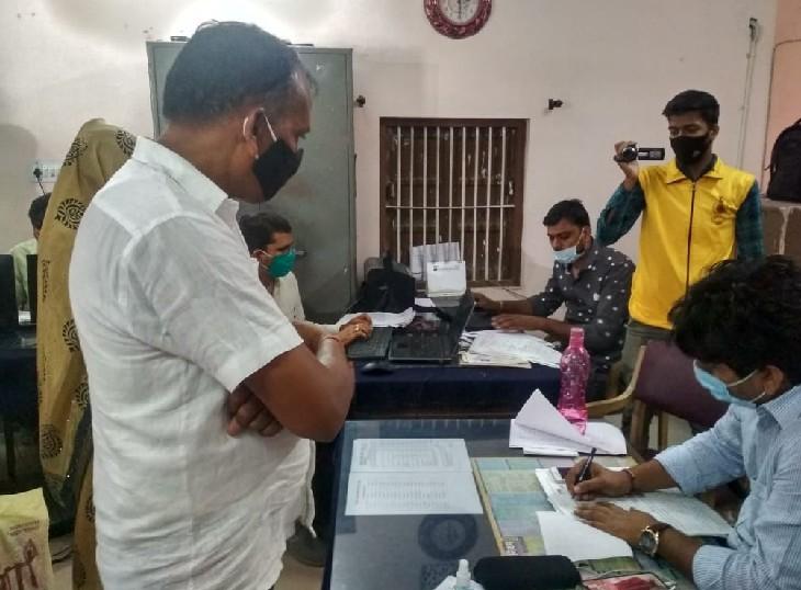 नवरात्रा के पहले दिन अलवर, धौलपुर जिला परिषदों में आए 94 नामांकन; कल आखिरी दिन भाजपा, कांग्रेस कर सकती है उम्मीदवारों का एलान|जयपुर,Jaipur - Dainik Bhaskar
