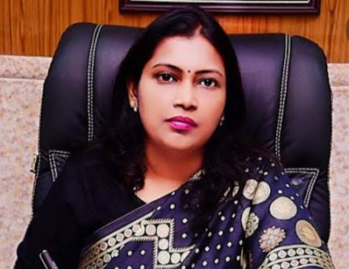 सेल्वा कुमारी, डीएम, अलीगढ़। - Dainik Bhaskar