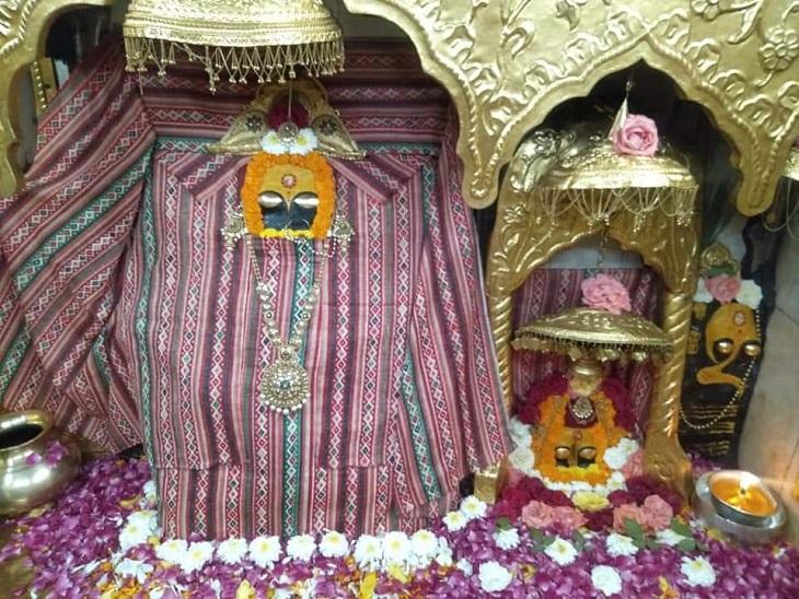 भक्तों के दर्शनों के लिए नवरात्रि के पहले दिन इस तरह हुआ मां श्री नैना देवी का श्रृंगार। - Dainik Bhaskar