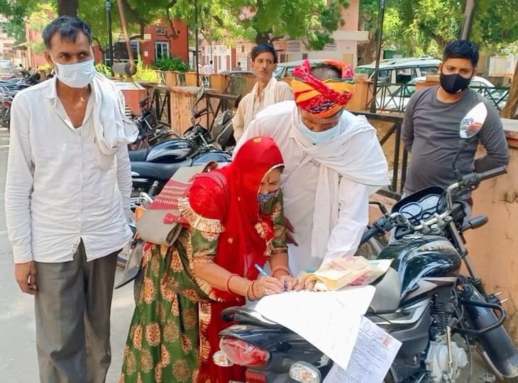पंचायत चुनाव में कल नामांकन जमा कराने की अंतिम तारीख, पार्टियों की आरे से सिम्बल सीधे जमा कराने की तैयारी|अलवर,Alwar - Dainik Bhaskar