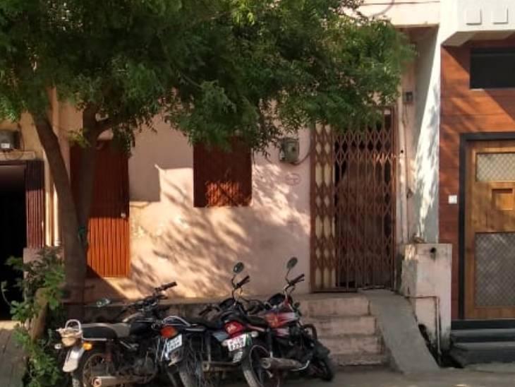 12 दिन पहले इंदौर में सहेली ने लगाई फांसी, पूछताछ के लिए पुलिस ने किया फोन तो उज्जैन की बच्ची ने भी सुसाइड कर लिया उज्जैन,Ujjain - Dainik Bhaskar