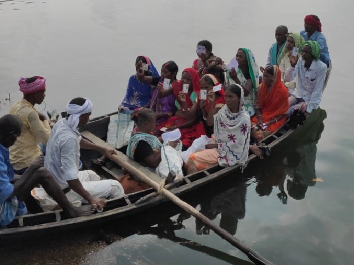 गोपालगंज में बवाल, धमकी देने पर लोगों ने BDO को खदेड़ा; नवादा के रजौली में नाव से मतदान केंद्र पहुंचे वोटर्स|बिहार,Bihar - Dainik Bhaskar