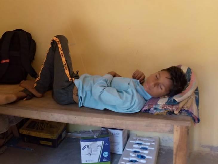 पेट दर्द होने पर झोलाछाप के यहां ले गए परिजन, इंजेक्शन लगाते ही होने लगी उल्टियां, कुछ घंटों में हो गई मौत|मैनपुरी,Mainpuri - Dainik Bhaskar